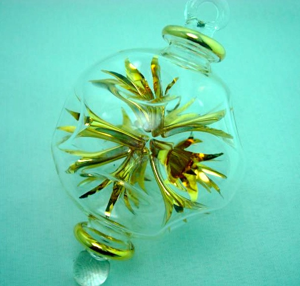 Blown glass firecrackers ball